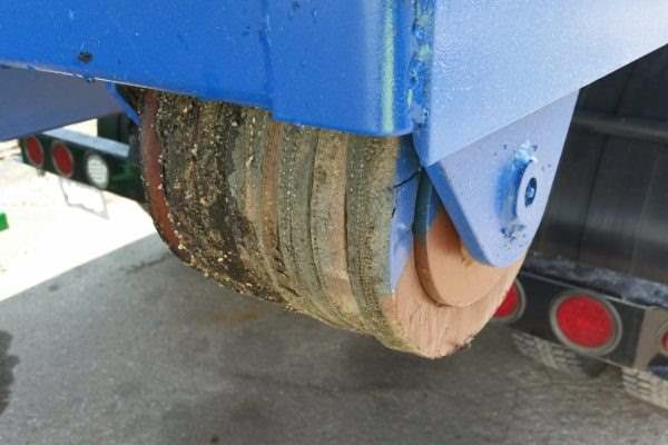 rubber wheeled roll off dumpster